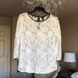 Forever 21 3/4 sleeve white lace top